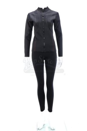 Lot # 28 - Divergent (2014): Christina's Stunt Rail Hanging Costume
