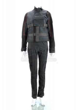 "Lot # 33 - Divergent (2014): Beatrice ""Tris"" Prior's First Dinner Costume"