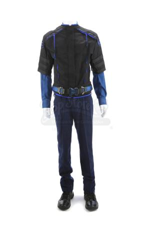 Lot # 67 - Divergent (2014): Erudite Guard Costume