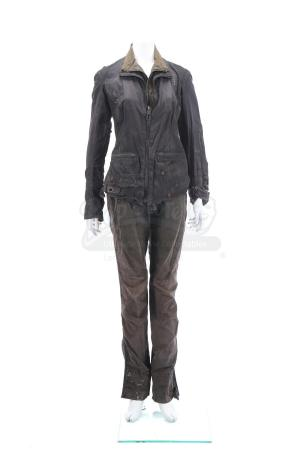 "Lot # 113 - The Divergent Series: Insurgent (2015): Beatrice ""Tris"" Prior's Simulation Jacket and Pants"