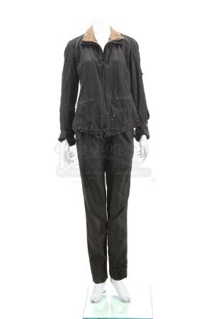 "Lot # 119 - The Divergent Series: Insurgent (2015): Beatrice ""Tris"" Prior's Simulation Jacket and Pants"