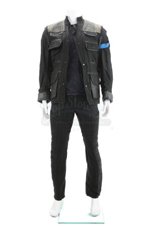 Lot # 146 - The Divergent Series: Insurgent (2015): Eric's Simulation Box Finding Costume