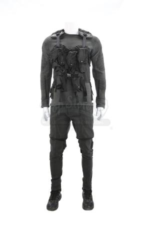 Lot # 185 - The Divergent Series: Allegiant (2016): Factionless Soldier Costume