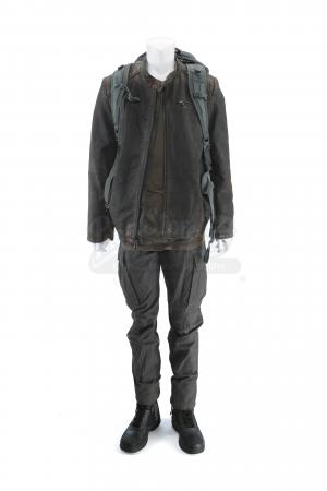 Lot # 200 - S3 Multiple Episodes: Broussard's Travel Costume
