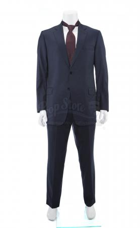 Lot # 8: James Riley (Matthew Modine) Initial Briefing Suit