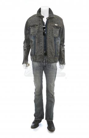 Lot # 31: Hector's (David Castaneda) River Talk Costume