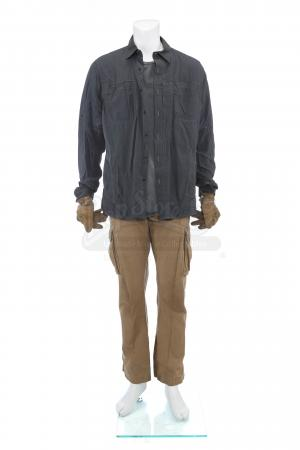 Lot # 56: Matt's (Josh Brolin) Convoy Ambush Costume