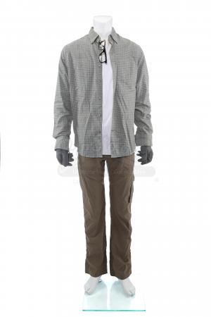 Lot # 57: Steve Forsing's (Jeffery Donovan) Convoy Ambush Costume
