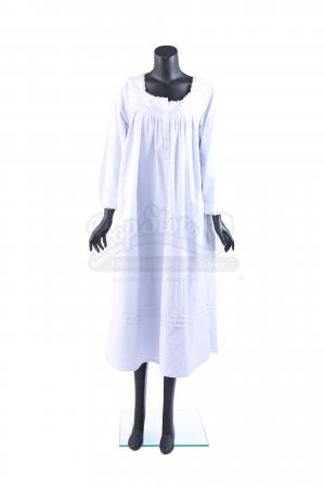 Lot # 52: Lynne Cheney's Bush Vice Discussion Nightgown