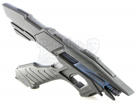 Lot # 179: STAR TREK INTO DARKNESS (2013) - USS Vengeance Phaser