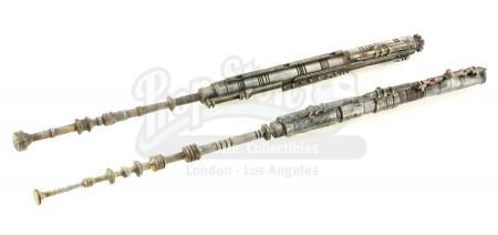 Lot #15 - ALIEN (1979) - Pair of Nostromo Model Antennas