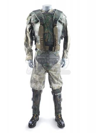 Lot #25 - ALIENS (1986) - Sergeant Apone's (Al Matthews) Screen-Matched U.S. Colonial Marines Armor Costume