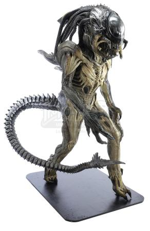Lot #56 - ALIENS VS. PREDATOR: REQUIEM (2007) - Full-Size Predalien (Tom Woodruff, Jr.) Costume Display