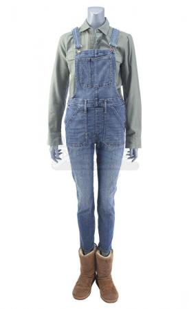 Lot # 9: THE HAUNTING OF HILL HOUSE - Nell Crain's Dropping Luke Off at Rehab Costume Components