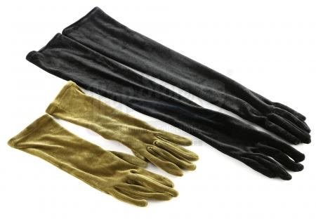 Lot # 10: THE HAUNTING OF HILL HOUSE - Theo Crain's Green Velvet Gloves Worn at the Dinner Table with Black Gloves