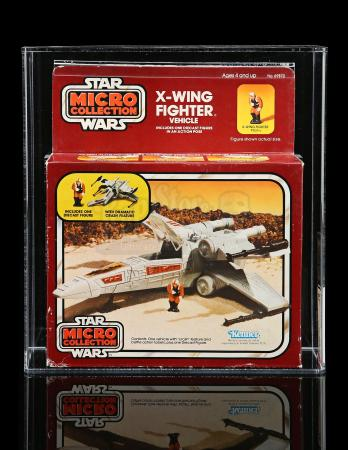Lot # 31 - Micro Collection X-Wing Fighter AFA 75