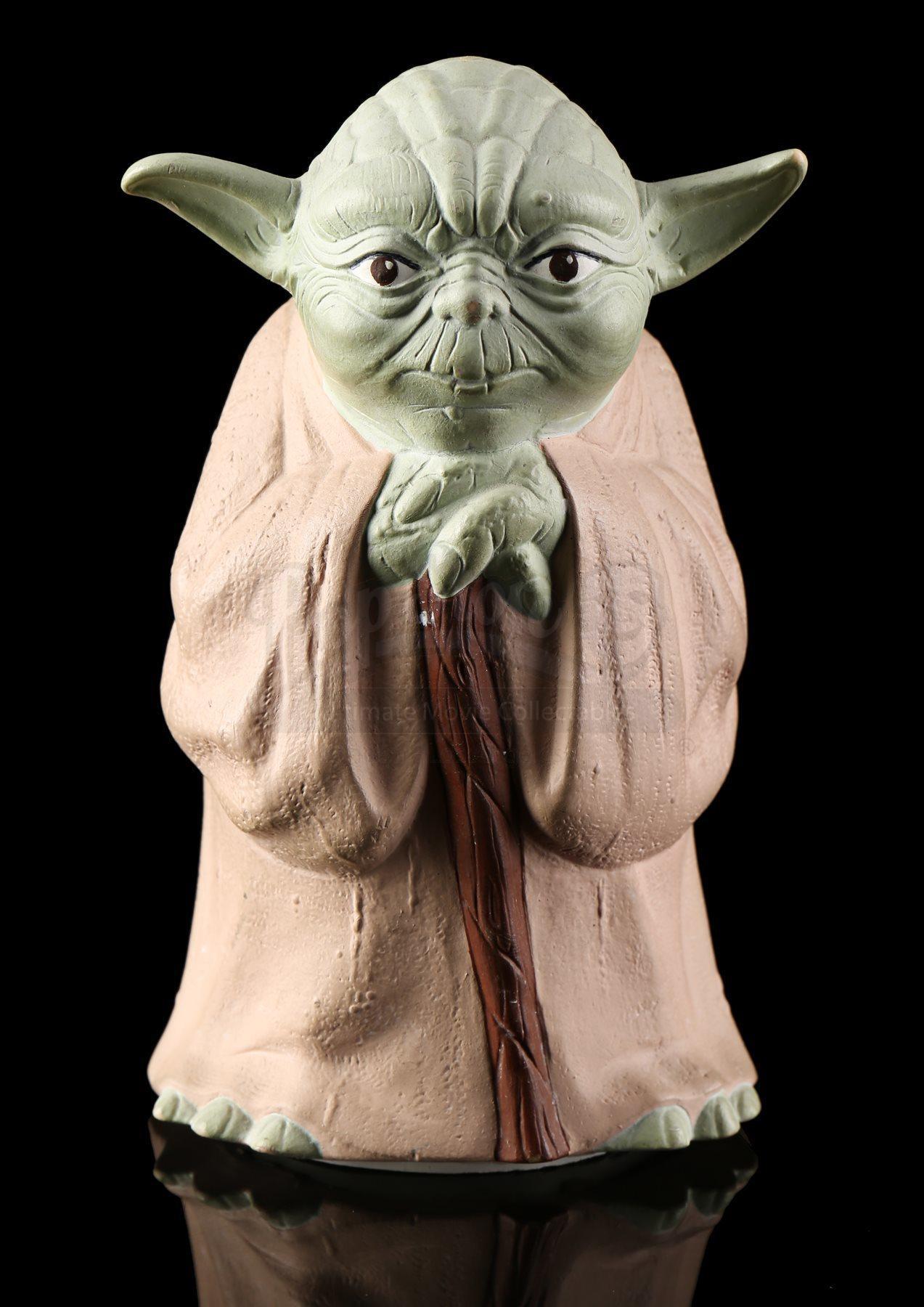Lot # 142 - Yoda The Jedi Master Fortune Teller (Yoda 8-Ball