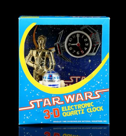 Lot # 635 - Star Wars 3-D Stand-Up Clock - Unused [Kazanjian Collection]
