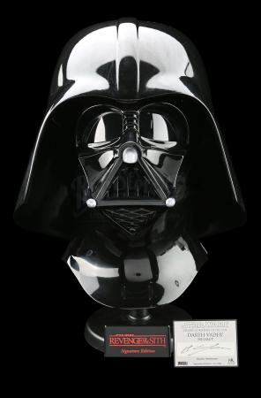 Hayden Christensen-Signed Replica Darth Vader Helmet (ROTS Signature Edition) (#64/500)